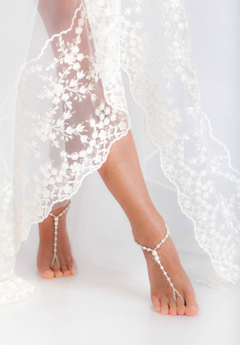 Saona Elegant beaded barefoot sandals