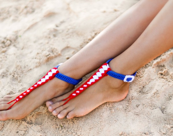 T-strap Buckle Barefoot Sandals