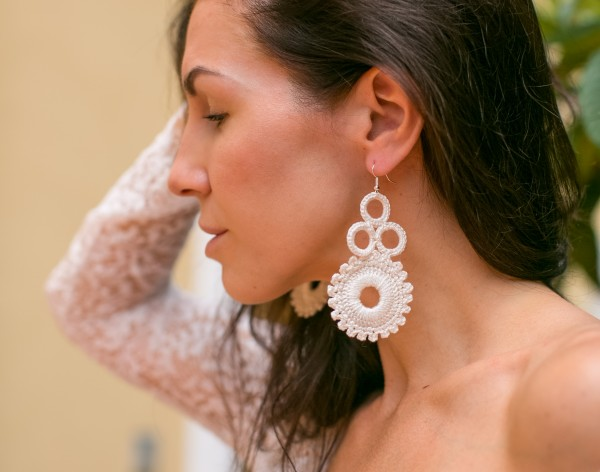 Ivory crochet earrings