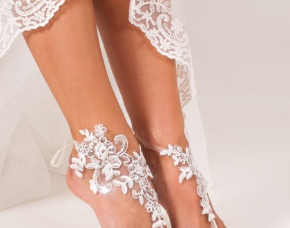 Jasmine Lace barefoot sandals