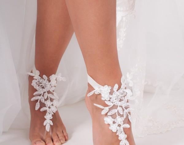 Laurel Lace barefoot sandals